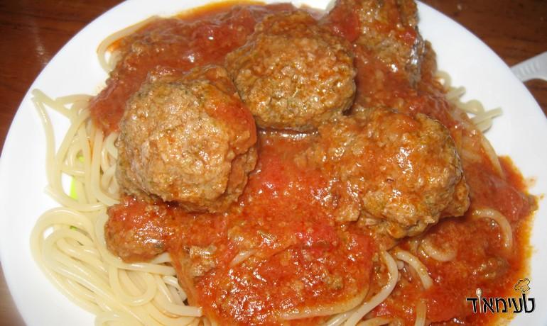 כדורי בשר ברוטב עגבניות